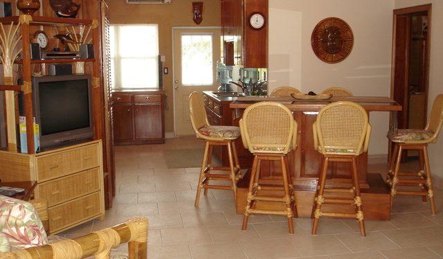 BL-2-dining-kitchen
