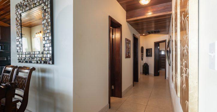 A4-Hall1