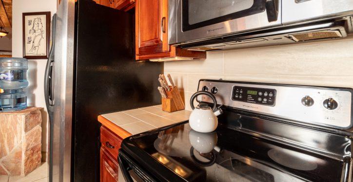 B1-Kitchen-3